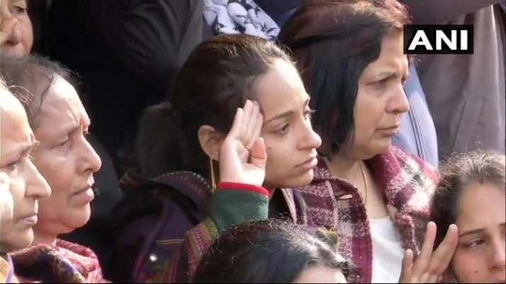 India Tv - Major Dhoundiyal's wife pays homage to him in Dehradun