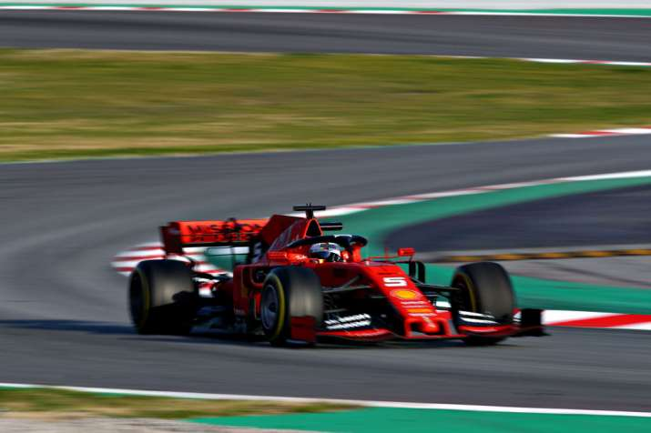 Sebastian Vettel makes strong start to F1 preseason for
