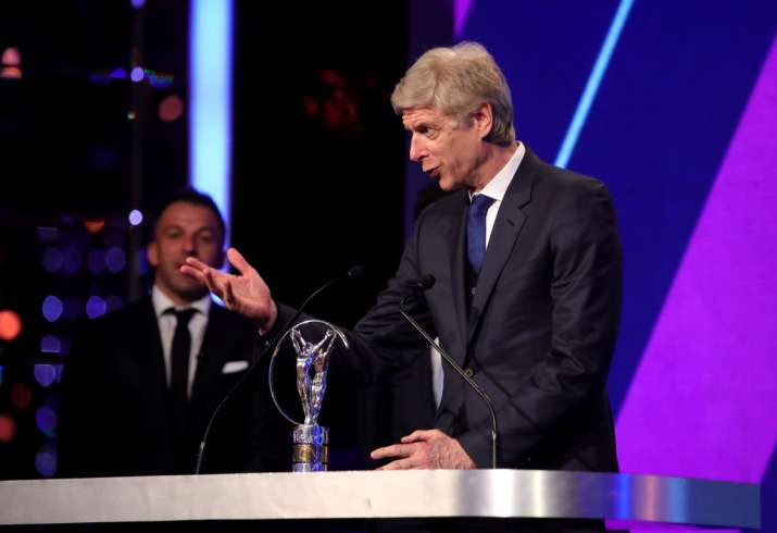 India Tv - Wenger received the Lifetime Achievement award for his contribution to Arsenal FC.
