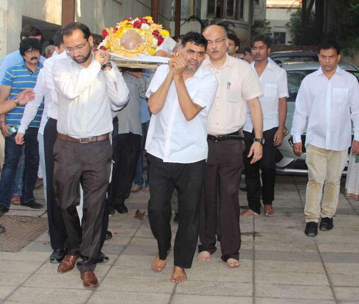 India Tv - Raj Kumar Barjatya Funeral: Mahesh Bhatt, Swara Bhasker, Bhagyashree pay last respect (In Pics)