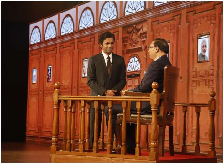 India Tv - India TV's Editor-in-Chief Rajat Sharma and Sunil Grover