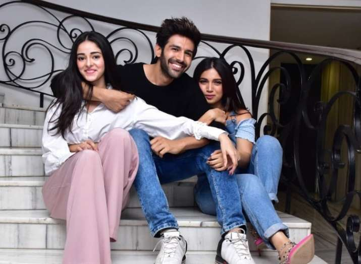 Kartik Aaryan, Ananya Panday and Bhumi Pednekar starrer Pati, Patni Aur Woh to release on January 10