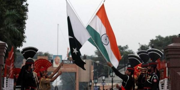 India Tv - Several dignitaries are expected to welcome Abhinandan at the India side of the border as he returns from Pak captivity
