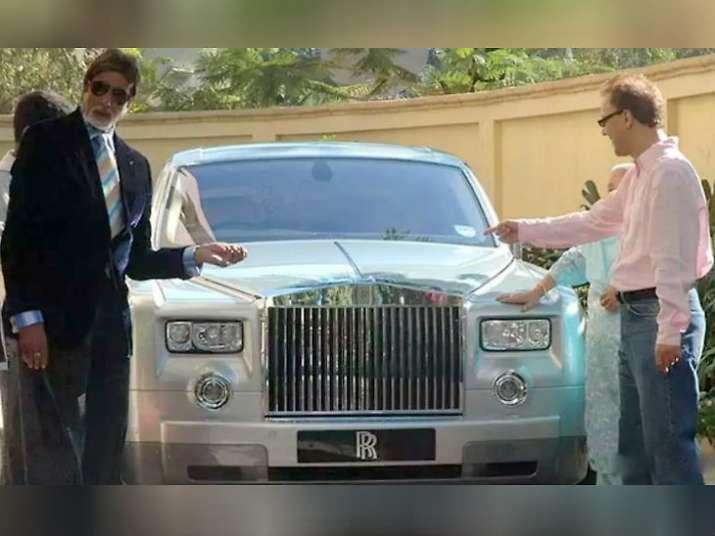 India Tv - Amitabh Bachchan sells his Rolls Royce Phantom