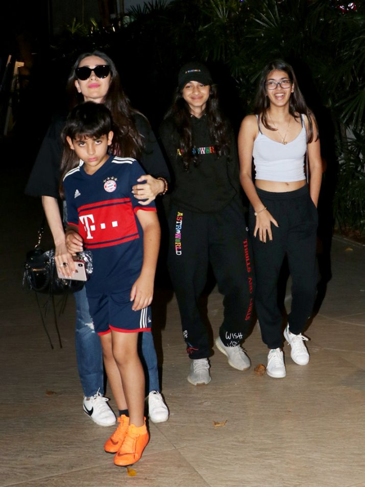 India Tv - Karisma Kapoor with son Kiaan and daughter Samaira for birthday celebrations
