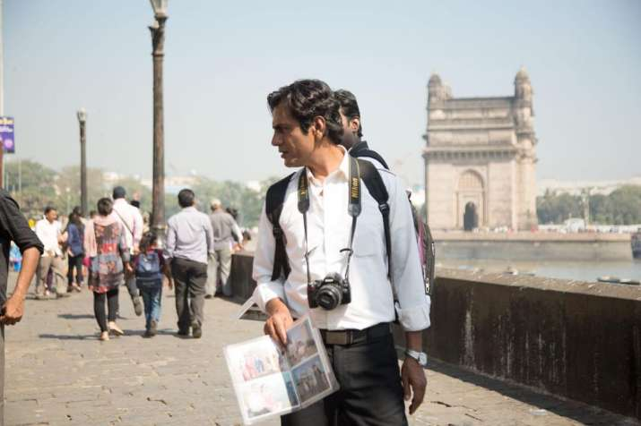 India Tv - Nawazuddin Siddiqui, Sanya Malhotra steal hearts in this convoluted love story