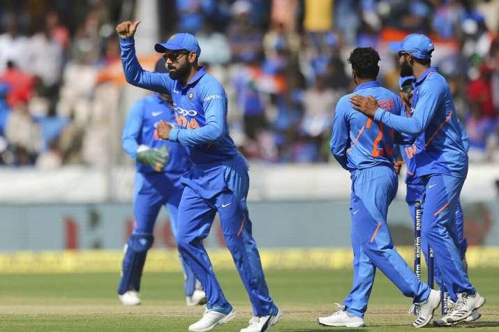 Live cricket score ball by ball coverage india vs australia