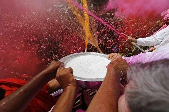 India Tv - Holi celebrations at the Swaminarayan temple in Ahmedabad, Gujarat.