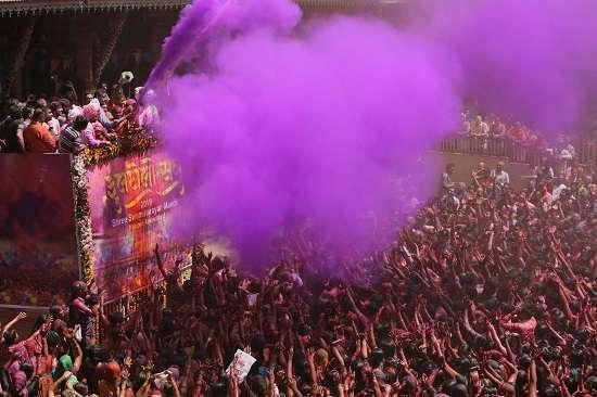 India Tv - Holi celebrations at the Swaminarayan temple in Ahmedabad.