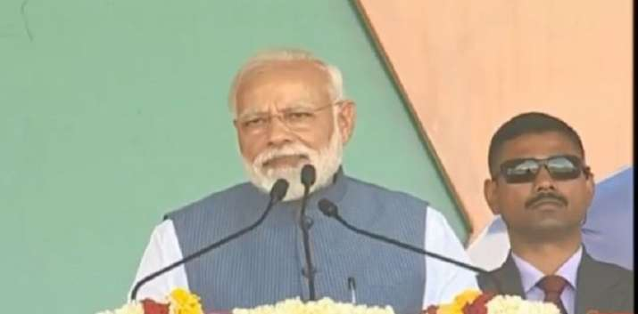 PM Modi addressing a rally in Dhar district of Madhya