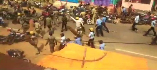 Police lathicharges and detains BJP activists participating