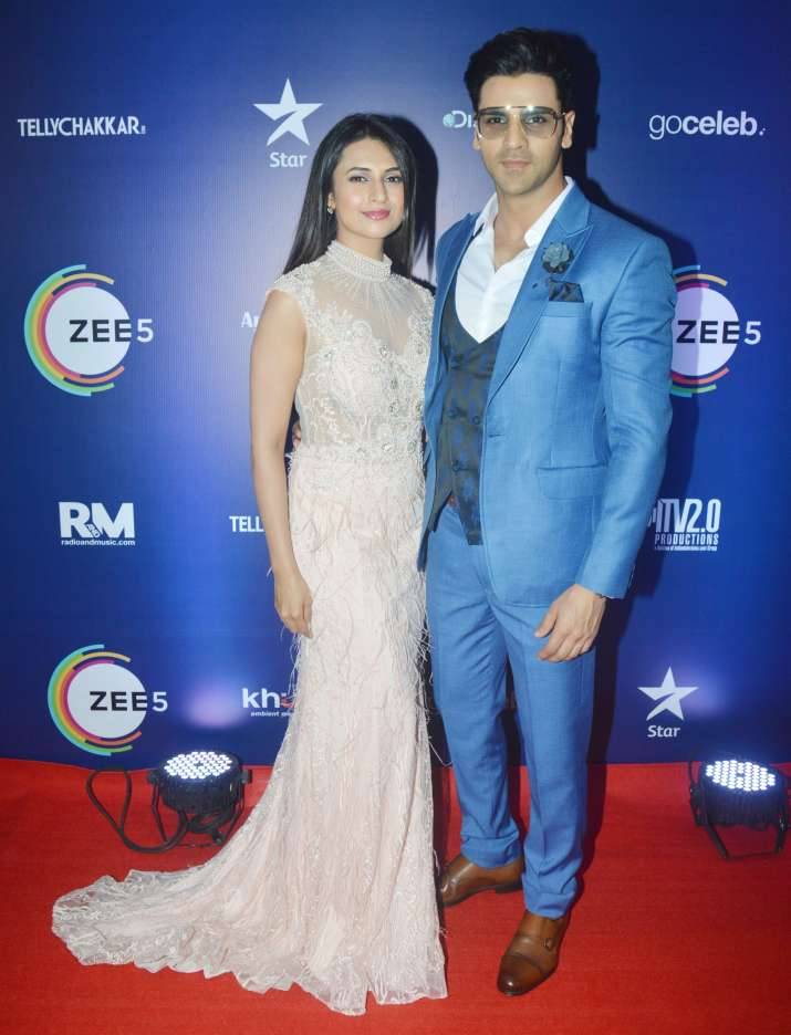 India Tv - Divyanka Tripathi and Vivek Dahiya at Indian Telly Awards 2019
