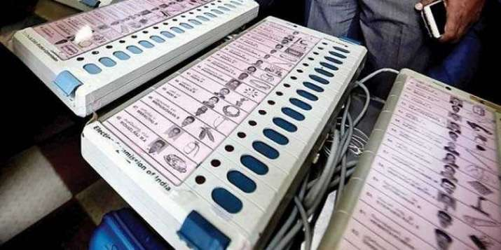 Vehicles carrying reserved EVMs, VVPATs will be mandatorily