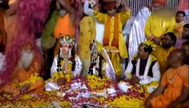 Holi celebrations begin in Mathura – Lord Krishna's birthplace – with flower-throwing and dance | Wa