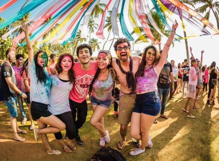 India Tv - Holi 2019: 6 Most troublesome things that happen at Holi parties
