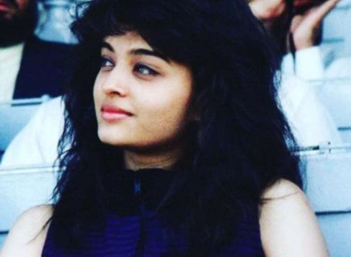 Aishwarya Rai Bachchan's throwback picture from her teenage goes viral