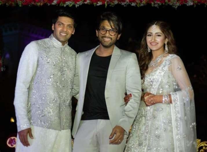 Dilip Kumar-Saira Banu's grandniece Sayyeshaa Saigal gets hitched to Tamil actor Arya