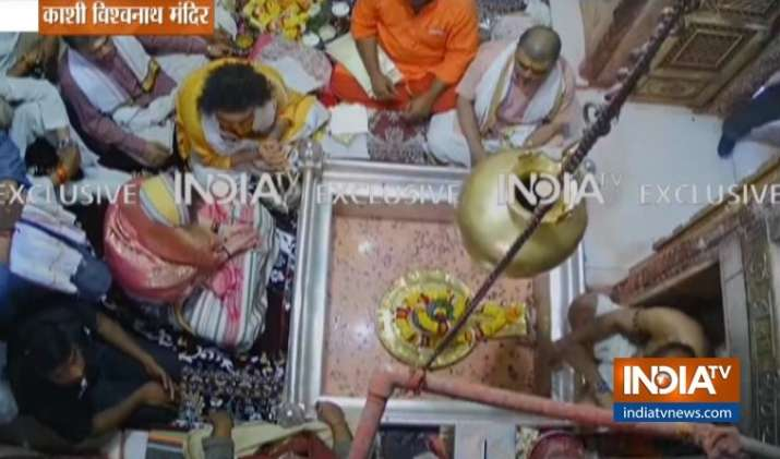 India Tv - Visuals from inside Kashi Vishwanath temple as Priyanka Gandhi performs special prayers