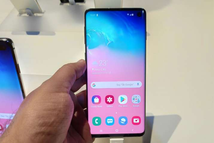 India Tv - Samsung Galaxy S10