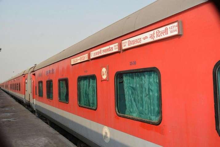 India Tv - Sealdah-New Delhi Rajdhani Express