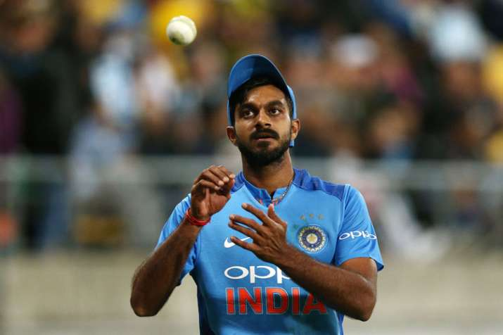 India Tv - Vijay Shankar has failed to bowl his full quota of 10 overs in any of the ODIs so far