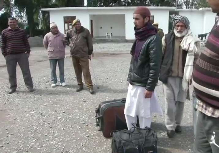 Stranded passengers of the Poonch-Rawalkot bus service