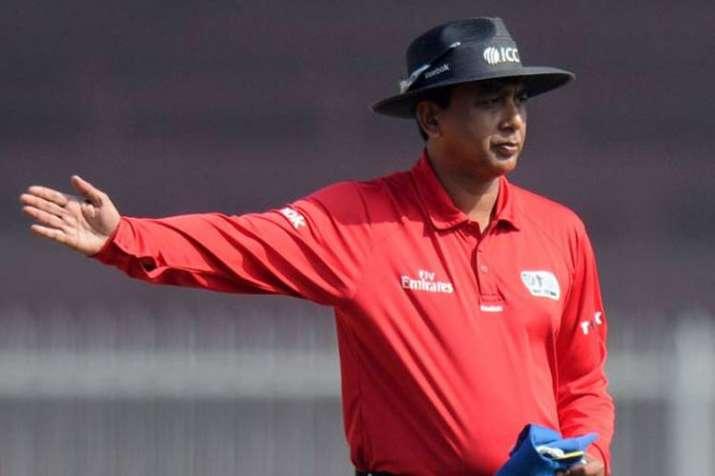 umpire-1553853433.jpg