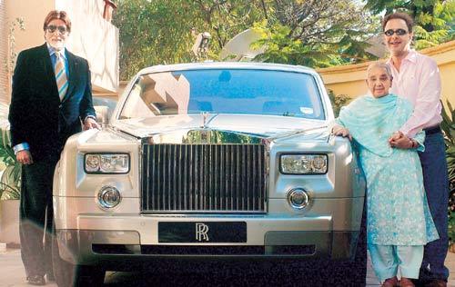 قصة هدية أميتاب باتشات التي باعها لعاشق للسيارات