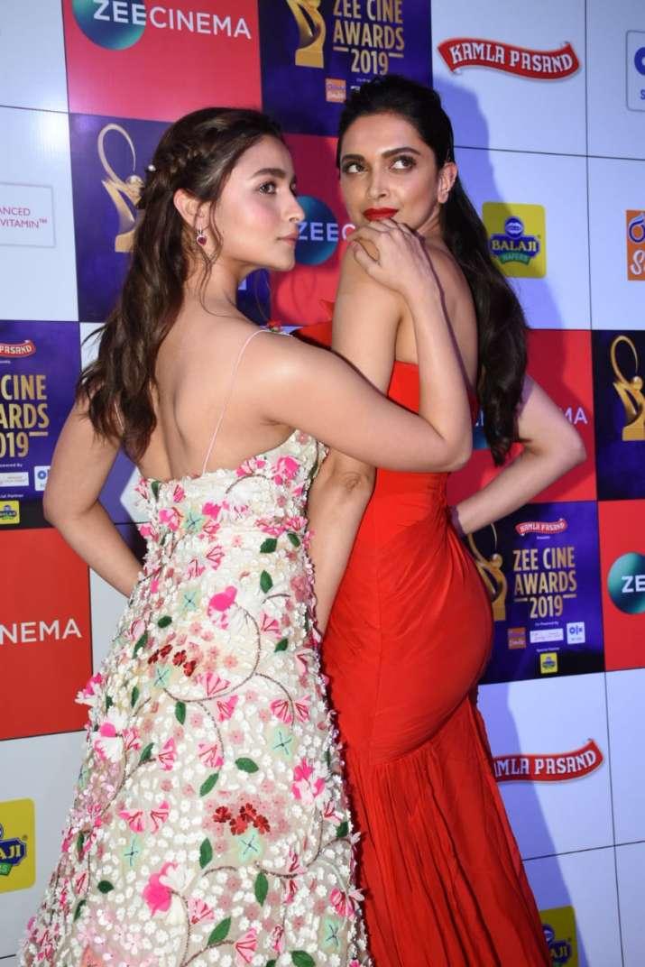 India Tv - Deepika and Alia