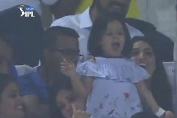 Adorable! Ziva Dhoni cheers for 'Papa Dhoni' in CSK's run-chase against DC