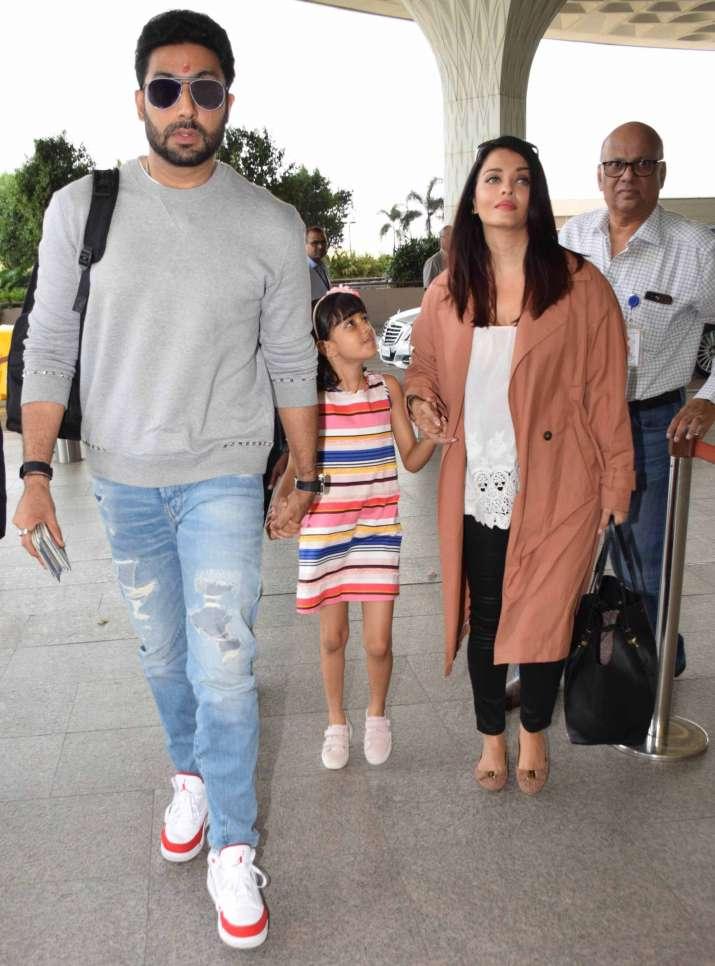 India Tv - Aishwarya, Abhishek and Aaradhya leave for Maldives