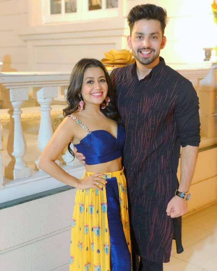 India Tv - Is Himansh Kohli still in love with Neha Kakkar? Read why Himansh still has their couple pictures on social media