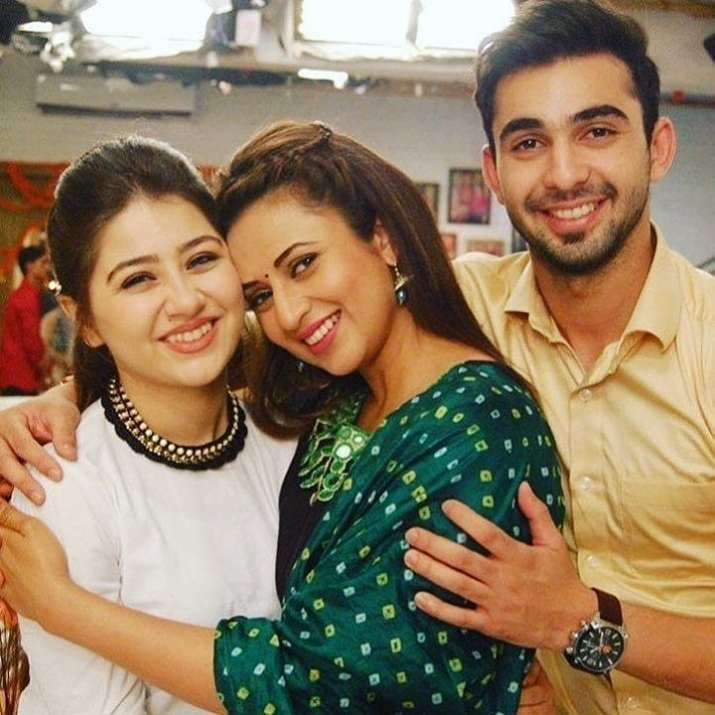India Tv - Yeh Hai Mohabbatein not going off air