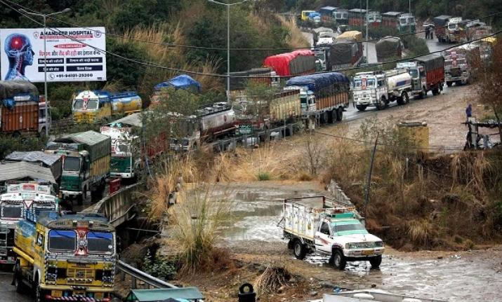 Jammu and Kashmir govt relaxes curbs on civilian traffic on