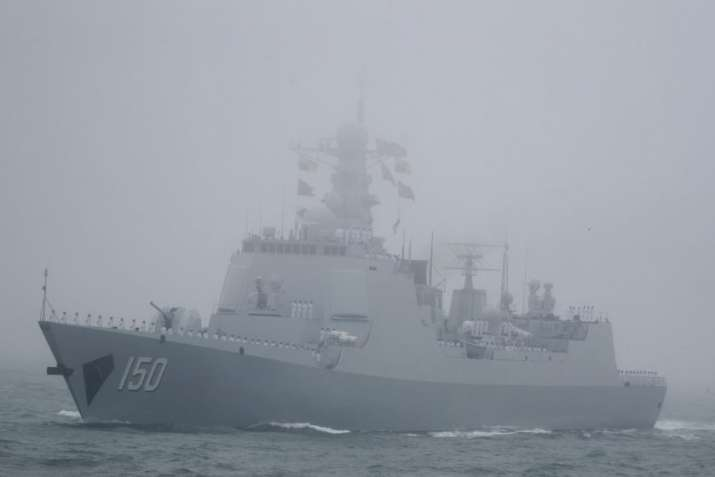 Qingdao: The type 052C destroyer Changchun of the Chinese