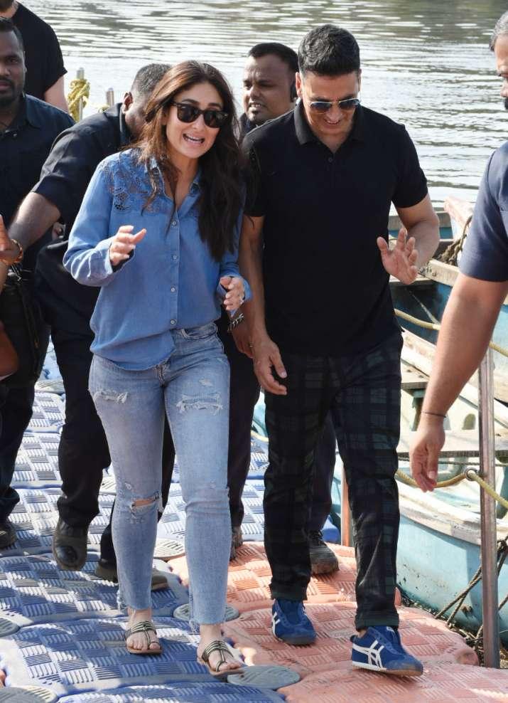India Tv - Kareena Kapoor Khan and Akshay Kumar