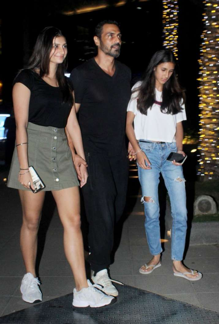 India Tv - Arjun Rampal with his daughters