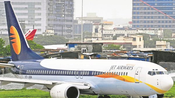 Jet Airways surrounded with unprecedented crisis: 1,100