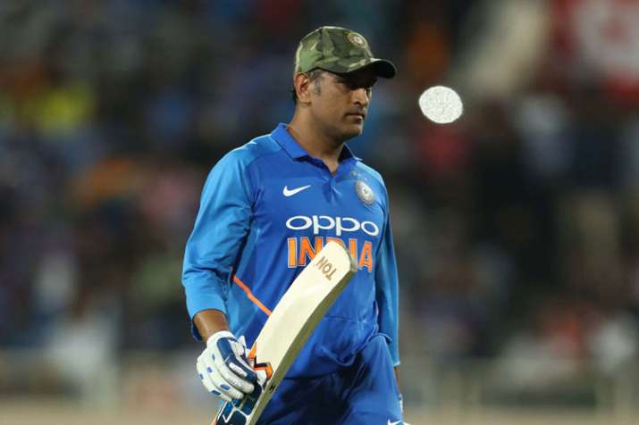 No cricketer has served India like MS Dhoni, says Kapil Dev