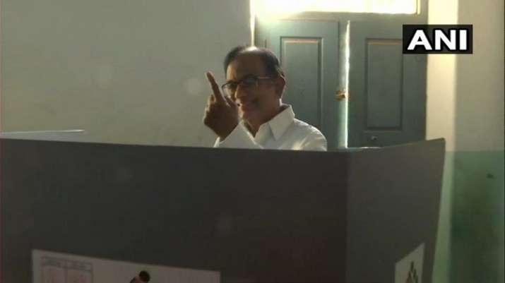 India Tv - Congress leader P Chidambaram casts his vote at a polling station in Karaikudi, Sivaganga