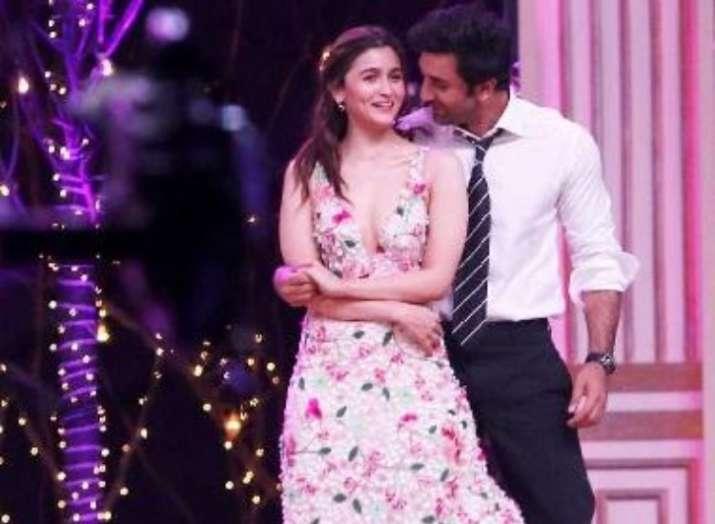 Alia Bhatt and Ranbir Kapoor at Zee Cine Awards 2019