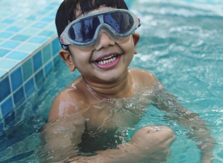 Allu Arjun\'s father gifts his 5-year-old son a swimming pool ...