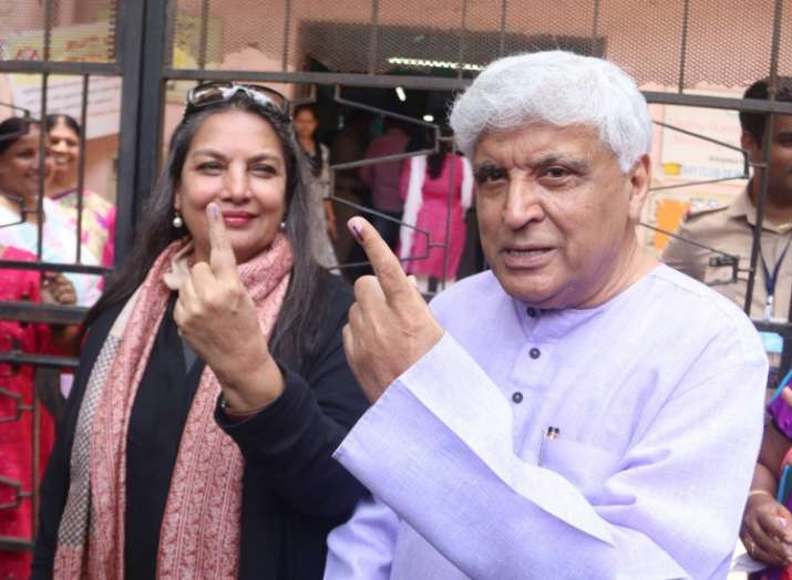 India Tv - Javed Akhtar with wife Shabana Azmi