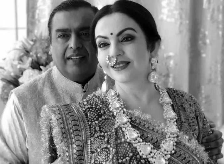 India Tv - Mukesh Ambani with wife Nita Ambani