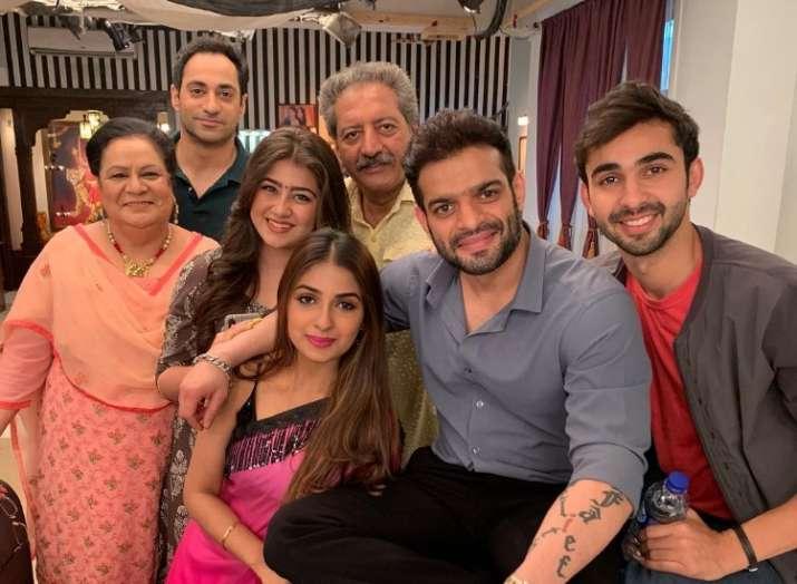 India Tv - Divyanka Tripathi and Karan Patel's daily soap Yeh Hai Mohabbatein to go off air in June