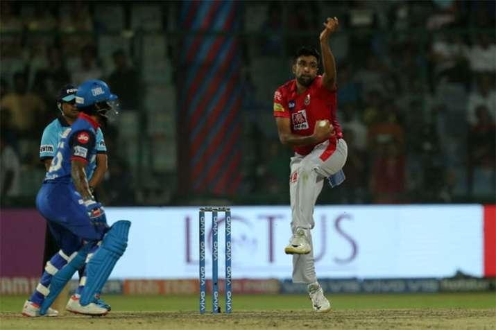 IPL 2019, DC vs KXIP: Shikhar Dhawan taunts R Ashwin post yet another 'Mankad' attempt