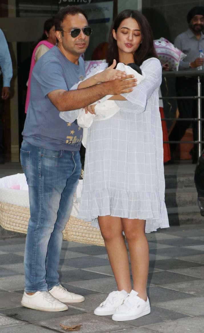 India Tv - Bollywood actress Surveen Chawla's baby girl Eva