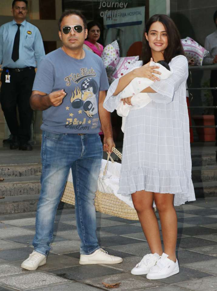 India Tv - Surveen Chawla's baby girl Eva is adorable; See the LATEST PICS of the newly born here