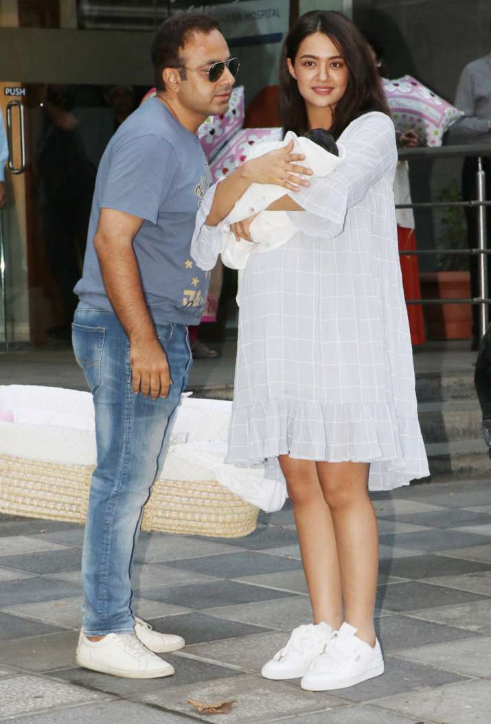 India Tv - See the latest photos of Surveen Chawla's newborn baby