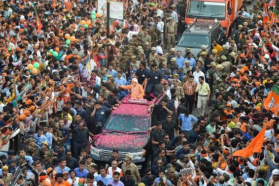 India Tv - PM Modi's Varanasi roadshow